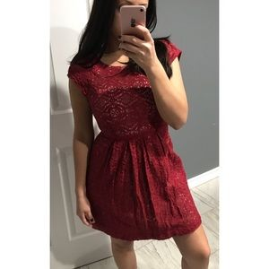 Forever 21 burgundy red lace dress small